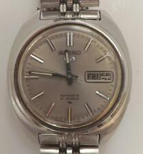 VINTAGE SEIKO AUTOMATIC STAINLESS STEEL MENS WRIST WATCH 7019--7190R