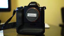 Sony Alpha a7R 36.4MP Digital SLR Camera - Black (With Sony Battery Grip)