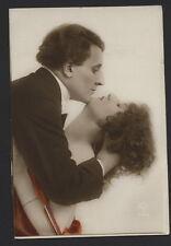 MB2035 EROTIQUE , SEXY, SENSUAL KISSING POSE LOVECOUPLE 1920, RPPC HAND. COL
