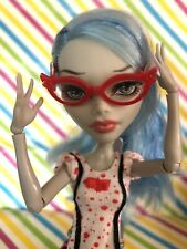 Monster High Mattel Ghoulia Yelps Dead Tired  Accessories Card Glasses Retired