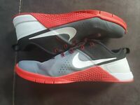 Mens NIKE Shoes- Mint Condition- Size 12.5- Slightly Used