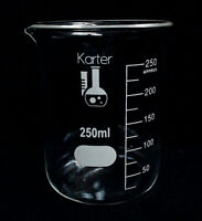 KARTER SCIENTIFIC BOROSILICATE GLASS 3.3 BEAKERS, 12 PACK 250M LOW FORM W/ SPOUT