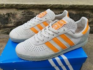 Adidas size 9 Montreal ( 76 350 ) 2010
