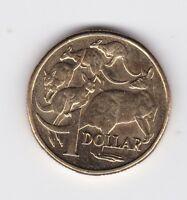 2013 $1 Kangaroo Coin ex Set Australia W-975