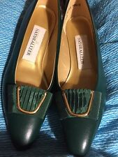 Naturalizer Pumps  7 AA Banner Dark Pine Green Bow New In Box Toe