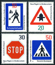 Germany 1055-1058, MNH.New traffic rules.Traffic Signs.School Crossing,Stop,1971