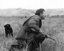 ERNEST HEMINGWAY DUCK HUNTING IN IDAHO IN OCTOBER, 1941 - 8X10 PHOTO (RT315)