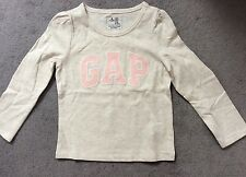 GAP- GREY LONG SLEEVE TSHIRT WITH PALE PINK LOGO ACROSS FRONT - AGE 2Y - BNWT