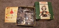 BRAND NEW NOS Singer Sewhandy Model 20 Child's Sewing Machine Original Box BROWN
