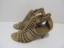 "B.MAKOWSKY~""Ernest""~Taupe~ Leather Cutwork Peep Toe Sandal Shoe~ Size10M~EUC"
