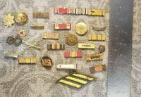 VINTAGE WW2  AND KOREA LOT OF 25  RIBBON BARS AND PINS 89B