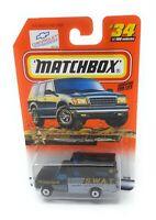 Matchbox MBX Superfast 1999 No 34 Chevrolet Ambulance SWAT USA exlusiv Modell