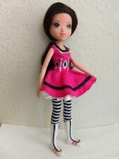 Bratz Moxie Girlz Girl Masquerade Ball Lexa Doll Black Hair Green Eyes Clothes