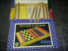 JOUET ANCIEN - Metier à tisser en bois & plastique / ERIA TISSERIA Vintage