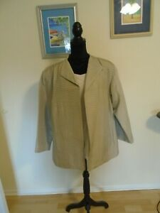 EILEEN FISHER WOMAN Size 2X Preowned Champagne Color Silk 4 Piece Preowned Suit