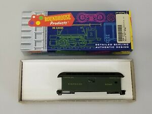 Roundhouse 3779 Overton Baggage Car Santa Fe 8368, HO Scale, NEW
