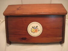 B VINTAGE WOOD WODEN BREADBOX BREAD BOX COUNTRY KITCHEN