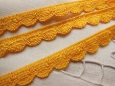 dentelle galon vintage bordure jaune  3 mètres sur 1,1 cm vintage