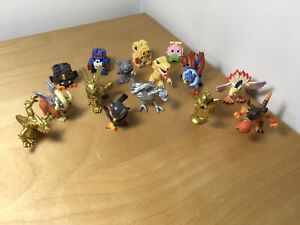 Digimon HUGE Lot Of 15 Figures Figurines VAULTED RETIRED from the 2000s PRISTINE