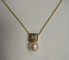 Lovely 14Kt Yellow Gold Pearl + Princess Cut Diamond Pendant + Necklace
