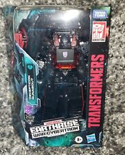 HASBRO TRANSFORMERS EARTHRISE IN HAND! DELUXE DECEPTICON RUNABOUT ACTION FIGURE