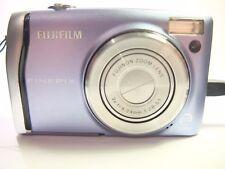 Fujifilm FinePix F serie F45 8.3MP Cámara Digital-Azul