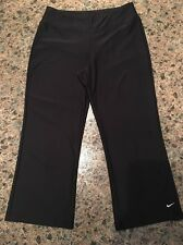 Nike Dri-Fit Womens Small (4-6) Black Wide Leg Stretch Athletic Capri Crop Pants