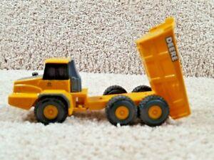 ERTL 1:64 Scale Durable Plastic Diecast John Deere Articulated Dump Truck Toy D