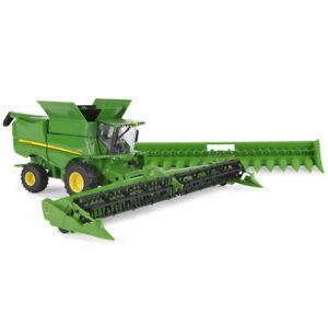 1/32 John Deere S780 Combine W/ Duals, Draper & Corn Heads