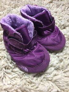 The North Face Size 3 Girls Infant Asher Bootie Purple Snow Shoe