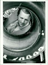 1970s AJ Foyt Champion Auto Racing Driver Inspects Tires Orig News Service Photo