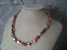 "17 1/4"" HANDMADE SILVER PLATED BROWN SHELL & GOLDSTONE & AMBER NECKLACE"