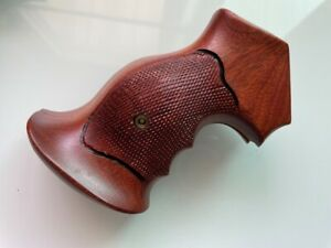 New Checkered Paduak Hardwood  Grips For S&W K/L Frame Round Butt