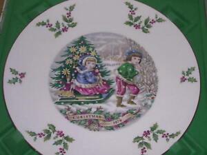 Royal Doulton Christmas Plate 1979 with Box Sleigh Ride