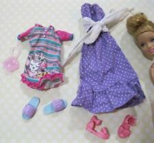 """barbie Modern STACIE 9"""" sister Doll Cloth/Shoes-lot 2 outfits PJs Slippers/Dress"""