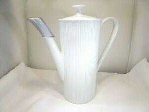 Lindau White Fine Bone China Thailand Vertical Ribbed Sided Coffee Pot