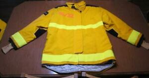 Lion Janesville Firefighter Fireman Turnout Gear Jacket Size 46.32.R - [D] (B1)