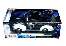 Maisto 1939 Ford Deluxe Police 1/18 Diecast Car Model 31366