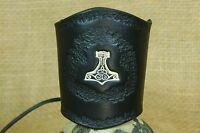 Armband Thors Hammer geprägt punziert breit Leder schwarz Stulpe Wikinger