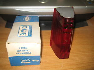 NOS FoMoCo Ford 1968 Lincoln Continental Right Side Tail Light Lamp Lens