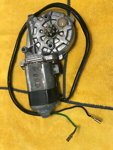 Mercedes Benz W116 W123 Window Regulator Motor Right Rear