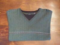 Van Heusen Xtra Large Tall Men's Green Casual V Neck Sweater