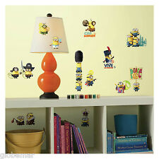 Stickers muraux ou pour meubles chambre enfant  Les Minions 4 planches