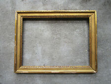 Ancien beau cadre en bois et stuc doré dimensions de la feuillure : 33 x 24,2 cm
