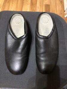 Women's Size 10 Wide Shoes