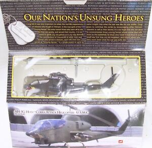 Corgi Unsung Heroes VIETNAM WAR 1:48 AH-1G HUEY COBRA ATTACK HELICOPTER USMC MIB