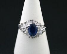 Anillo con un zafiro, BRILLANTES Y diamanttrapezen junt. 2,80 ct Oro Blanco 750
