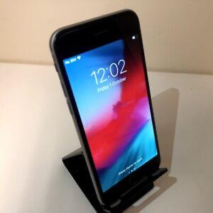 "Apple iPhone 6 - 4.7"" Space Grey Unlocked 64GB Smart Phone - A1586 Grade B"