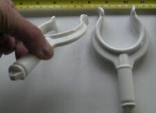 Barco escalameras, Par, mediana intensidad Blanco Nailon 38 mm mandíbula, zócalos de montaje en pared