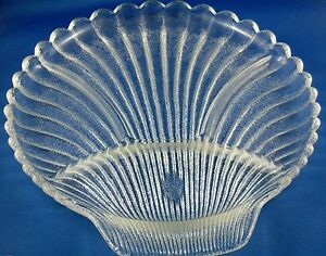 RETRO Anchor & Hocking USA SHELL DIVIDED THICK GLASS SERVING PLATE In Australia